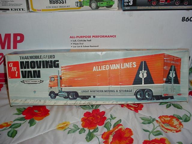Trailmobile Moving Van