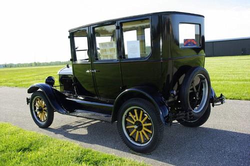 Photo 1926 ford model t four door sedan g 1908 to 1927 for 1927 ford model t 4 door sedan
