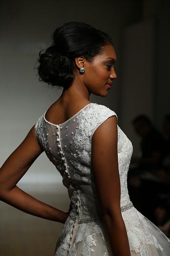 Allure Bridals FW16 Cam1 0100