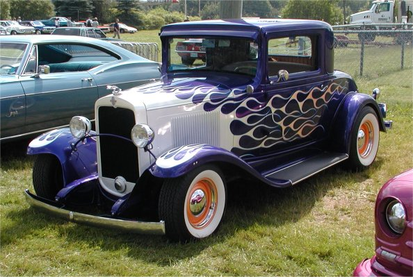 '30-'31 Chevy, nice color choices