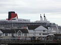 QM2 behind Town Quay from Mayflower Park