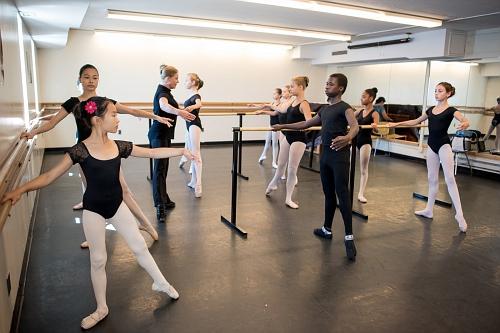 Brighton Ballet Practice DG-10