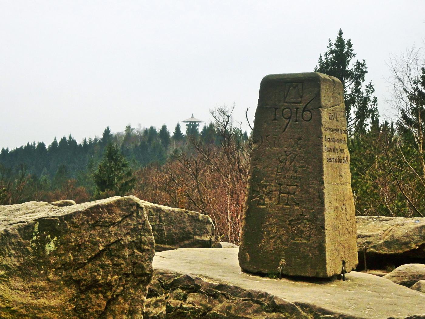 Blick von Lippischer Velmerstot zur Preußischen Velmerstot