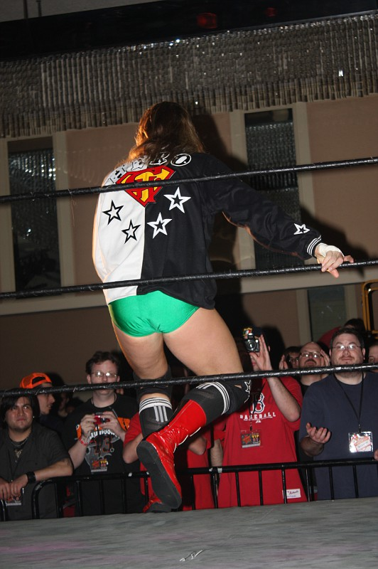 201001301257WrestleReunion.JPG